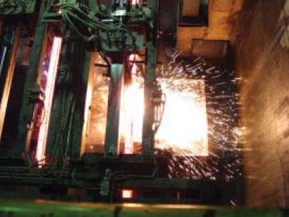 FHG型铸方坯块自动火焰切割机